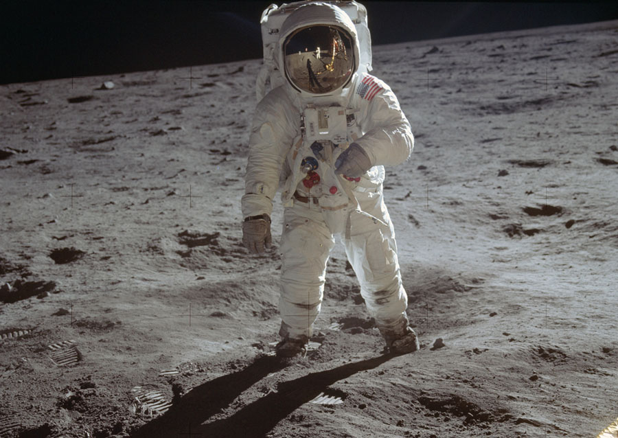 Lessons Officers Can Learn From The Apollo Landing
